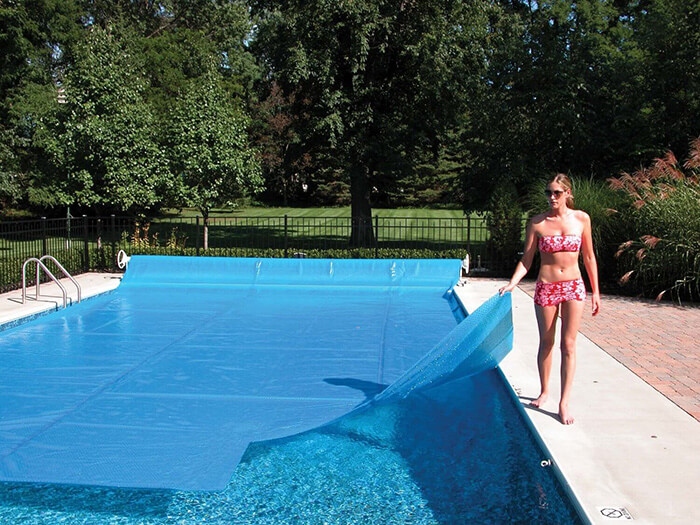 Swimming Pool Covers : The best solar pool cover reviews and buying guide